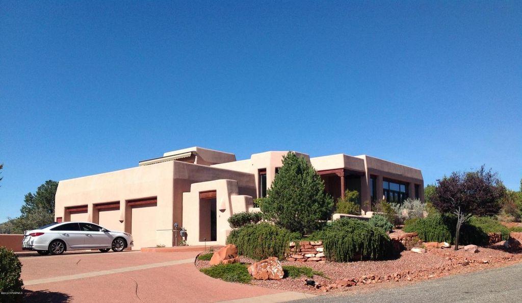 811 W Chapel Rd, Sedona, AZ 86336 -  $1,088,888