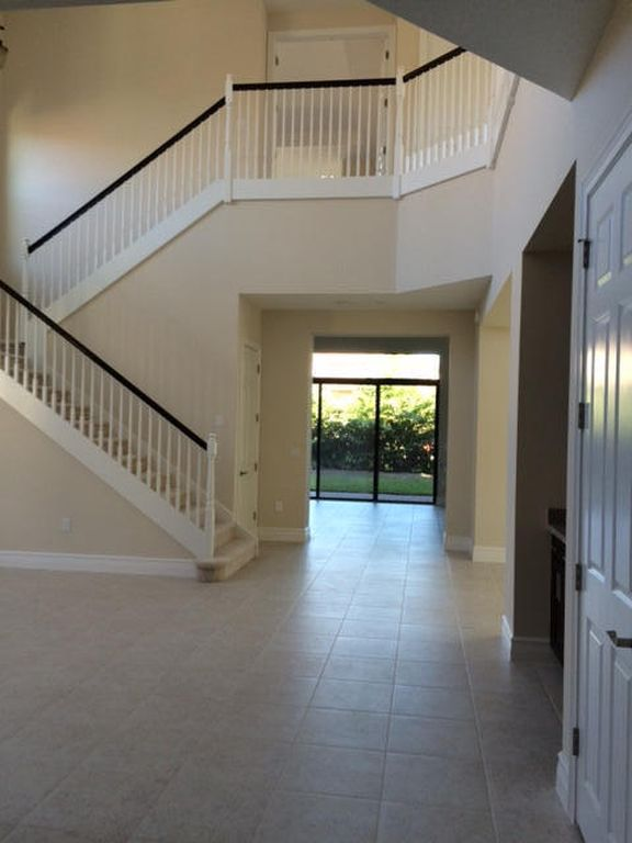 8527 Lewis River Rd, Delray Beach, FL 33446 -  $1,095,000 home for sale, house images, photos and pics gallery