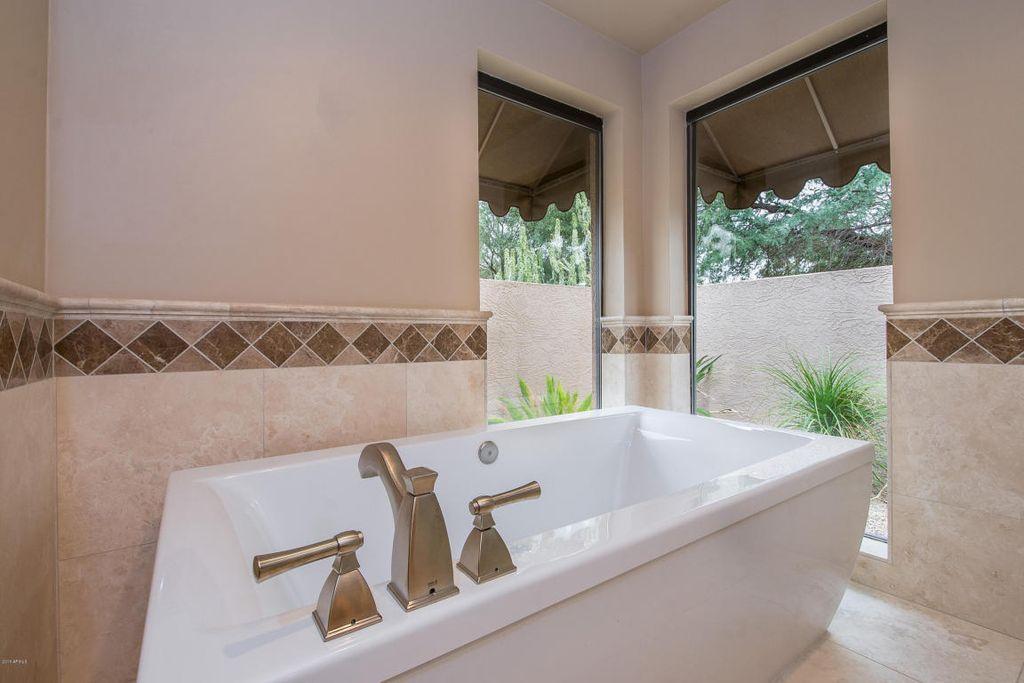 8564 E Sahuaro Dr, Scottsdale, AZ 85260 -  $1,299,000 home for sale, house images, photos and pics gallery