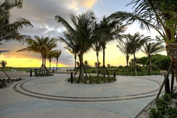 1530 SE 3rd St, Pompano Beach, FL 33060 -  $1,100,000