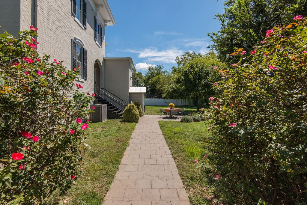 2010 Fall Hill Ave, Fredericksburg, VA 22401 -  $1,200,000 home for sale, house images, photos and pics gallery