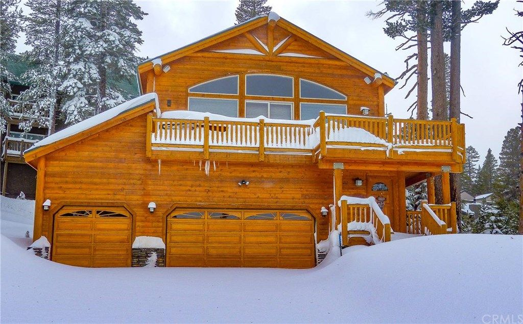 217 Rainbow Pl, Mammoth Lakes, CA 93546 -  $1,175,000 home for sale, house images, photos and pics gallery