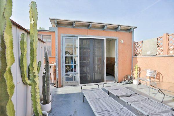 226 Colton St, Newport Beach, CA 92663 -  $1,150,000