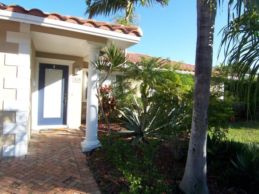 349 NE 2nd St, Boca Raton, FL 33432 -  $1,100,000 home for sale, house images, photos and pics gallery