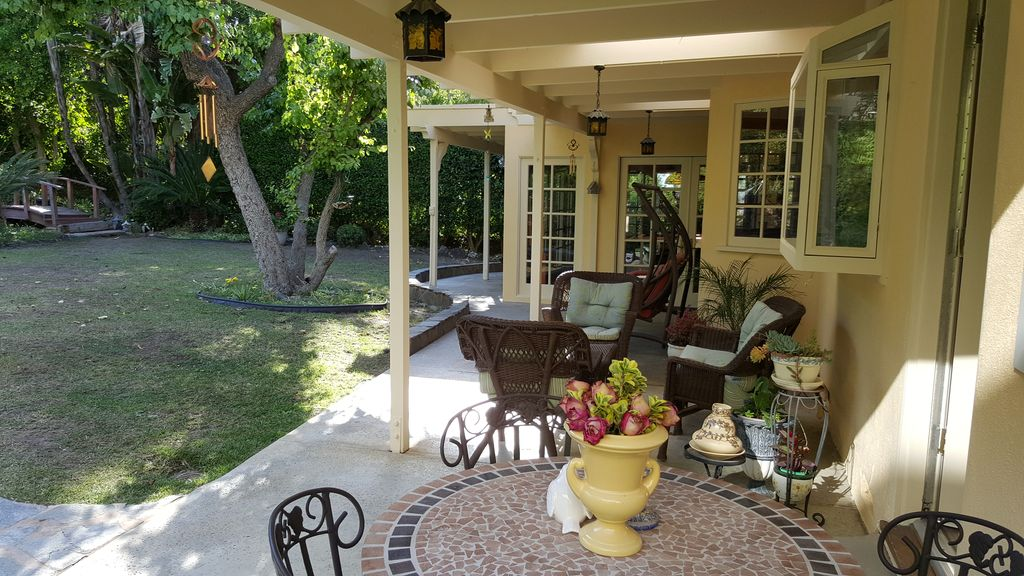 4721 Monarca Dr, Tarzana, CA 91356 -  $1,129,000 home for sale, house images, photos and pics gallery