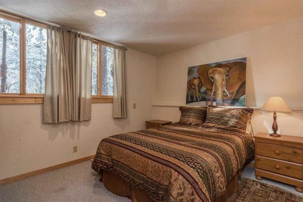 1024 Lanny Ln, Olympic Valley, CA 96146 -  $1,195,000