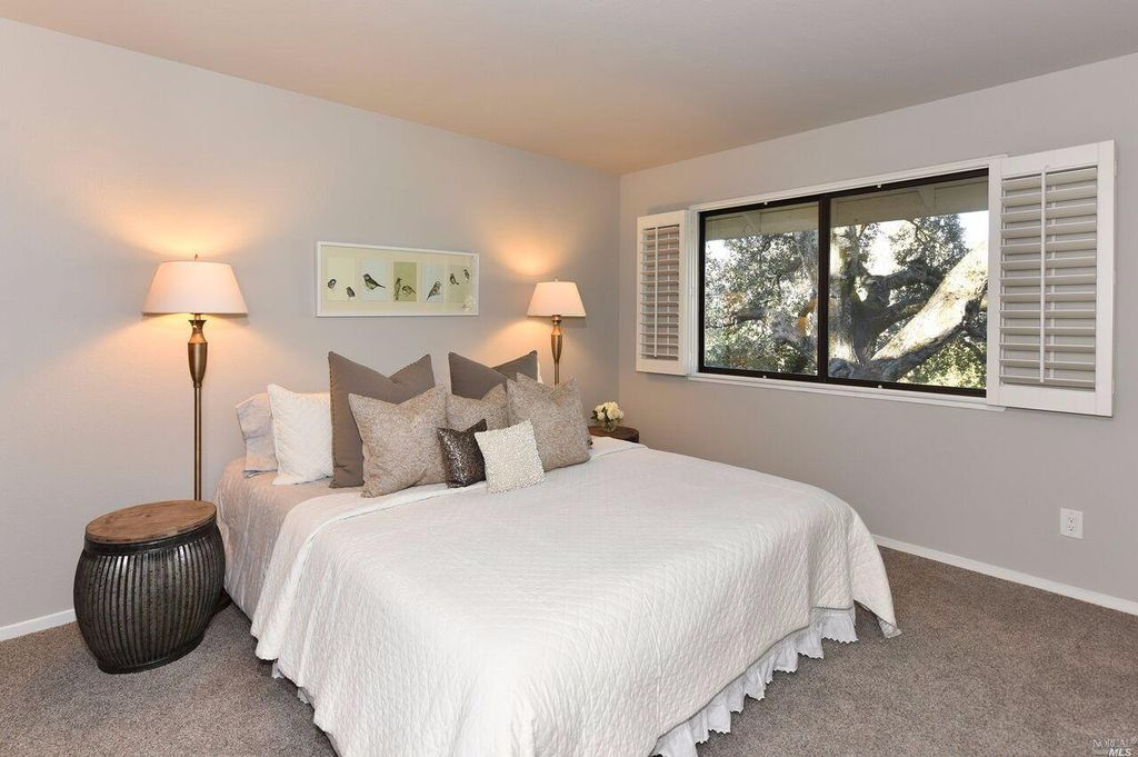 1059 0akmont Ct, Napa, CA 94559 -  $1,099,000 home for sale, house images, photos and pics gallery