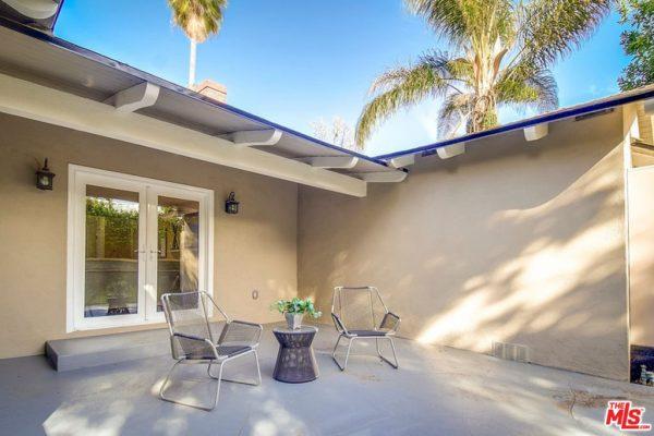 12222 Hartsook St, North Hollywood, CA 91607 -  $1,150,000