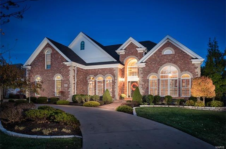 1312 Eaglewinds Ct, Chesterfield, MO 63005 -  $1,149,900 home for sale, house images, photos and pics gallery