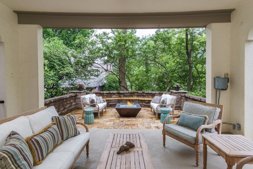 1330 Observatory Dr, Cincinnati, OH 45208 -  $1,175,000 home for sale, house images, photos and pics gallery