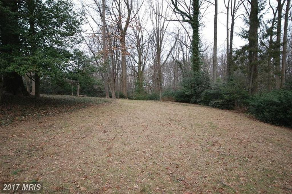 1351 Windy Hill Rd, Mc Lean, VA 22102 -  $1,079,500 home for sale, house images, photos and pics gallery