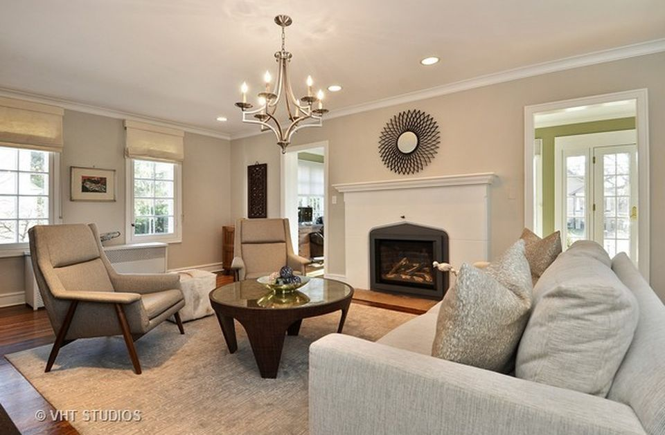 1423 Edgewood Ln, Winnetka, IL 60093 -  $1,099,000 home for sale, house images, photos and pics gallery