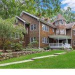 17 Laurel Hill Rd, Ridgefield, CT 06877 -  $1,037,000