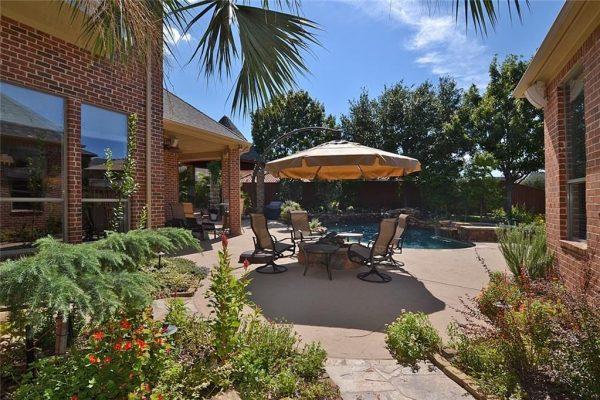 1791 Hilton Head Ln, Frisco, TX 75034 -  $1,087,065