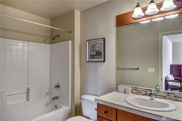 1888 271st Ave SE, Sammamish, WA 98075 -  $1,139,000