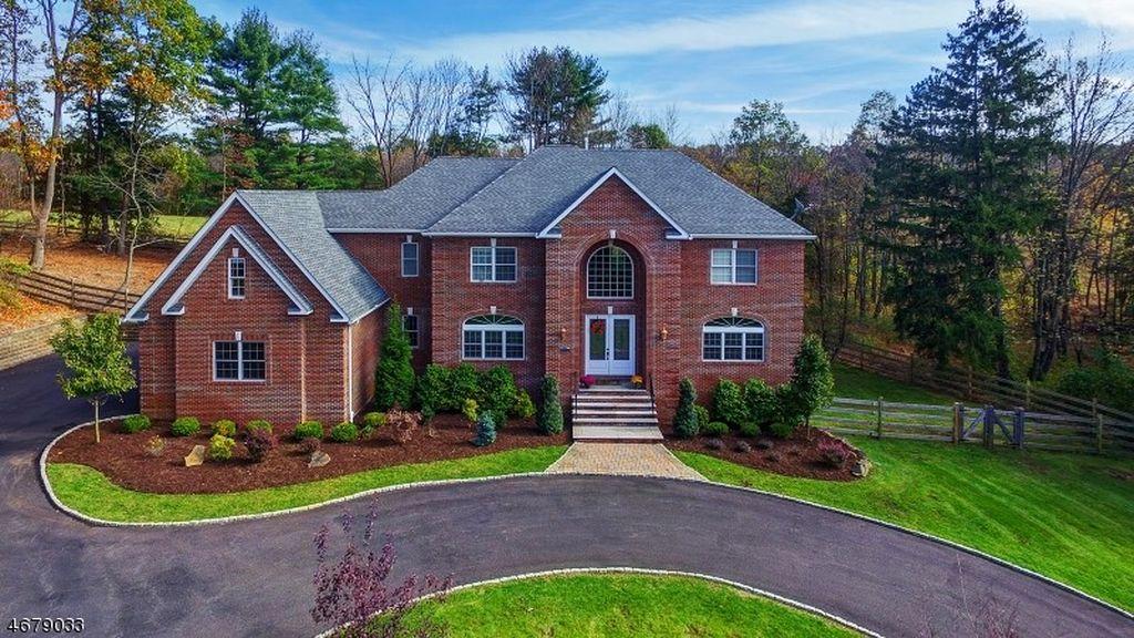 190 King George Rd, Warren, NJ 07059 -  $1,175,000