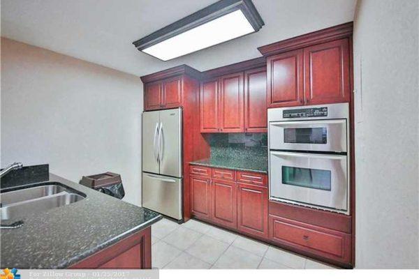 2030 Park Ct, Boca Raton, FL 33486 -  $1,149,000