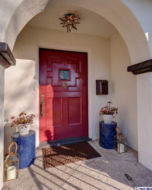 2050 E Mountain St, Pasadena, CA 91104 -  $1,149,000 home for sale, house images, photos and pics gallery