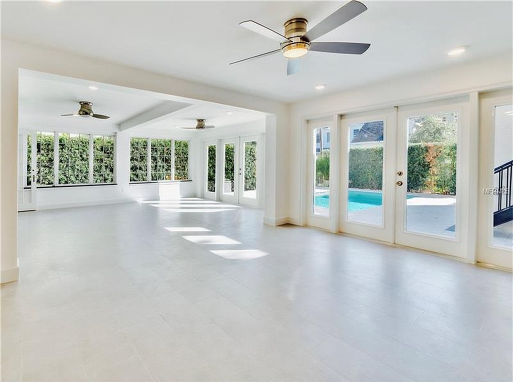 210 26th Ave N, Saint Petersburg, FL 33704 -  $1,075,000 home for sale, house images, photos and pics gallery