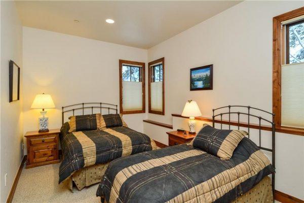 235 Easy Bend Trl, Silverthorne, CO 80498 -  $1,190,000