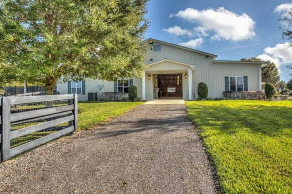 23915 Palm Ave, Howey In The Hills, FL 34737 -  $1,099,000