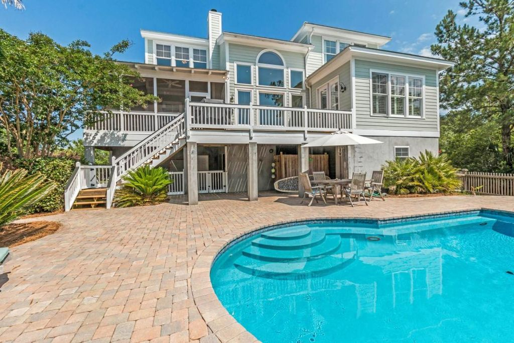 2404 Sandy Point Ct, Mount Pleasant, SC 29466 -  $1,099,000 home for sale, house images, photos and pics gallery