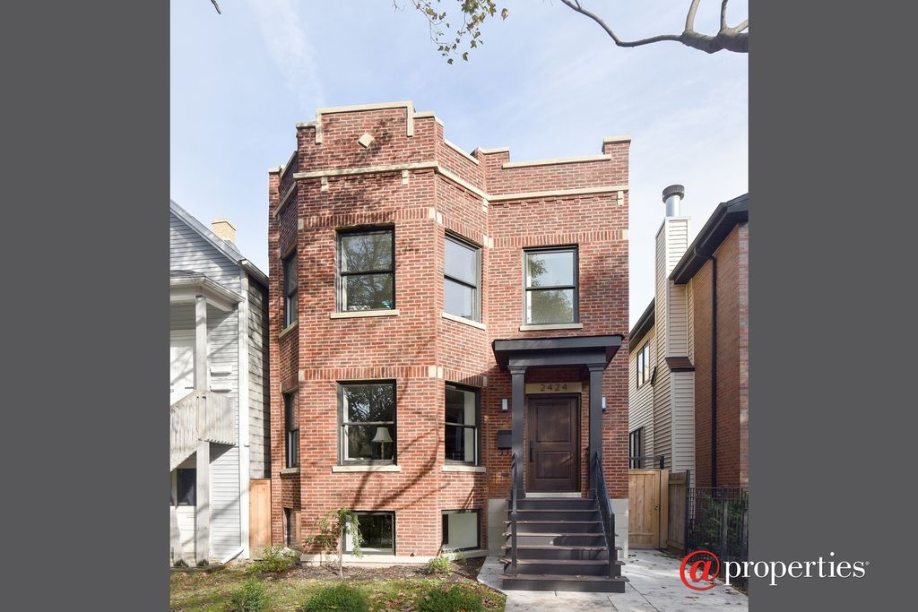 2424 W Belle Plaine Ave, Chicago, IL 60618 -  $1,099,000