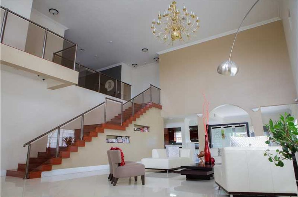 2535 NW 99th St, Miami, FL 33147 -  $1,200,000 home for sale, house images, photos and pics gallery