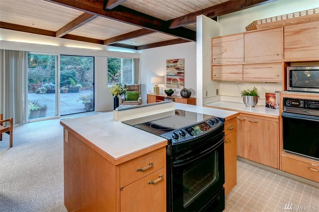 2745 73rd Ave SE, Mercer Island, WA 98040 -  $1,099,000 home for sale, house images, photos and pics gallery