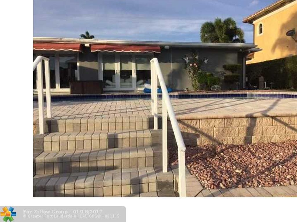 2750 NE 48th Ct, Lighthouse Point, FL 33064 -  $1,100,000 home for sale, house images, photos and pics gallery