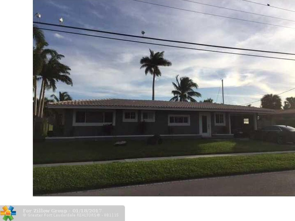 2750 NE 48th Ct, Lighthouse Point, FL 33064 -  $1,100,000