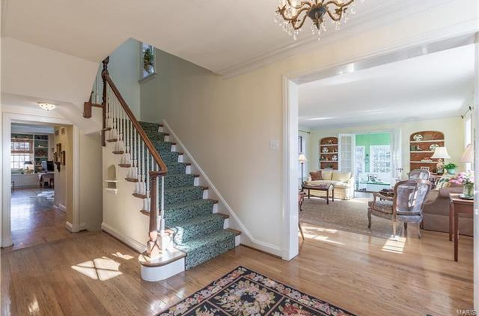 31 Loren Woods, Saint Louis, MO 63124 -  $1,149,000 home for sale, house images, photos and pics gallery