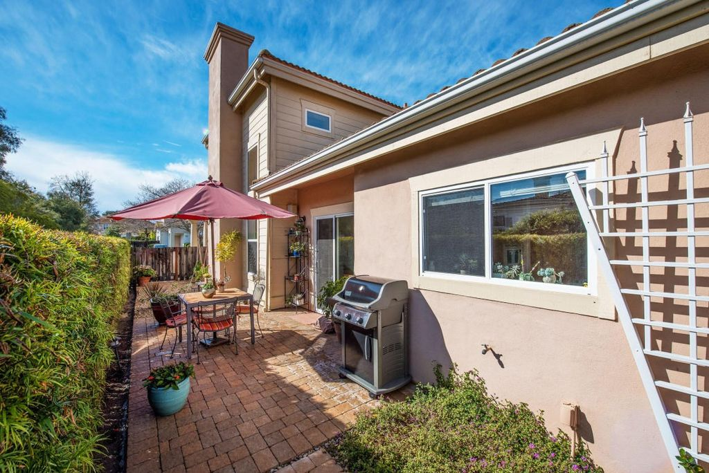32 Arroyo Vista Dr, Goleta, CA 93117 -  $1,060,000 home for sale, house images, photos and pics gallery