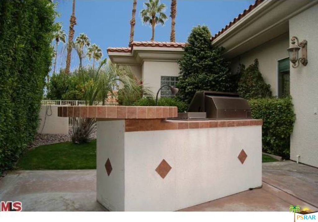 360 Crest Lake Dr, Palm Desert, CA 92211 -  $1,099,000 home for sale, house images, photos and pics gallery