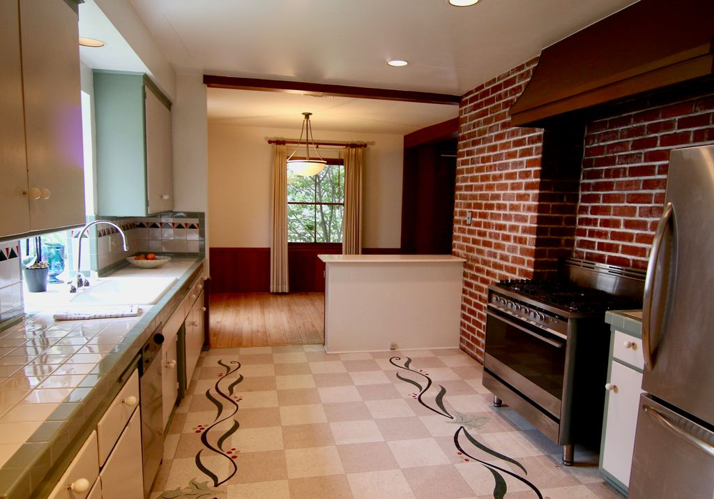 3663 Goodland Ave, Studio City, CA 91604 -  $1,119,000 home for sale, house images, photos and pics gallery