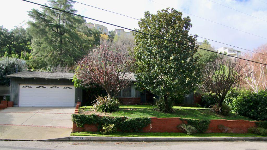 3663 Goodland Ave, Studio City, CA 91604 -  $1,119,000