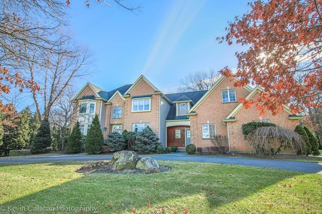 38 Russet Hill Rd, Franklin, MA 02038 -  $1,099,000 home for sale, house images, photos and pics gallery