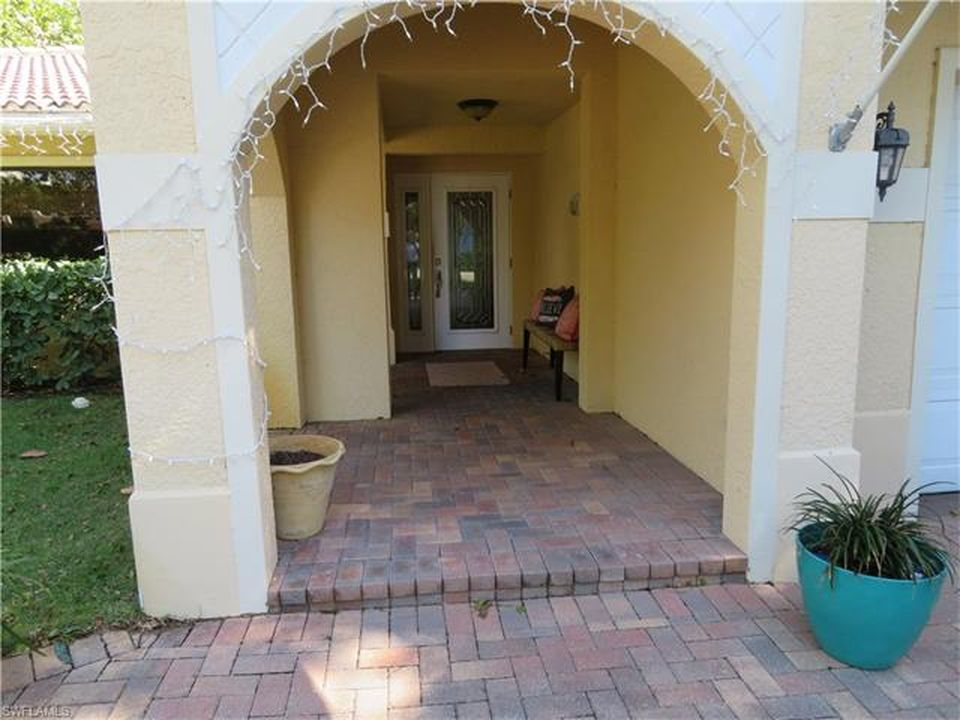 3940 Crayton Rd, Naples, FL 34103 -  $1,190,000 home for sale, house images, photos and pics gallery