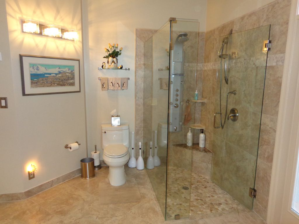 4270 NE 23rd Ter, Lighthouse Point, FL 33064 -  $1,149,000 home for sale, house images, photos and pics gallery