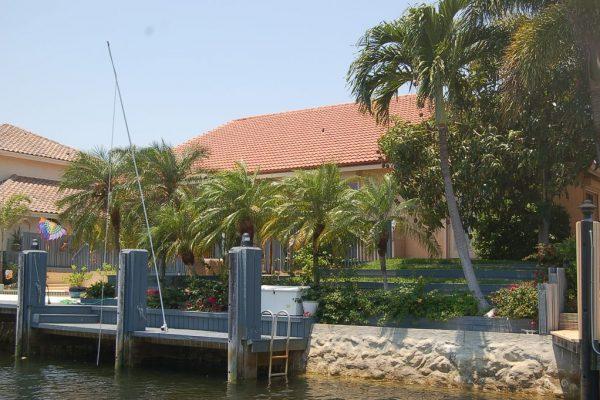 4270 NE 23rd Ter, Lighthouse Point, FL 33064 -  $1,149,000