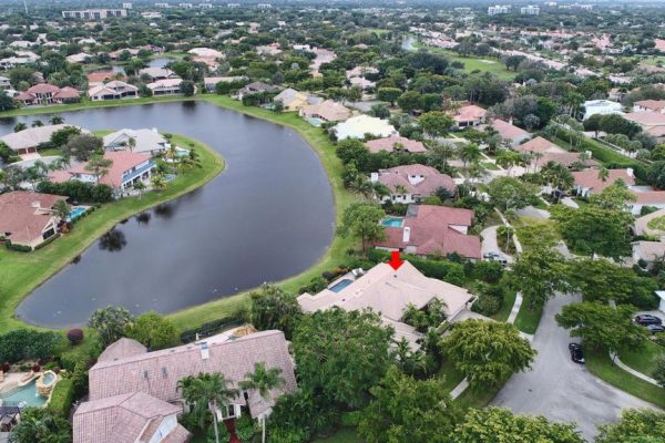 4450 Woodfield Blvd, Boca Raton, FL 33434 -  $1,199,999