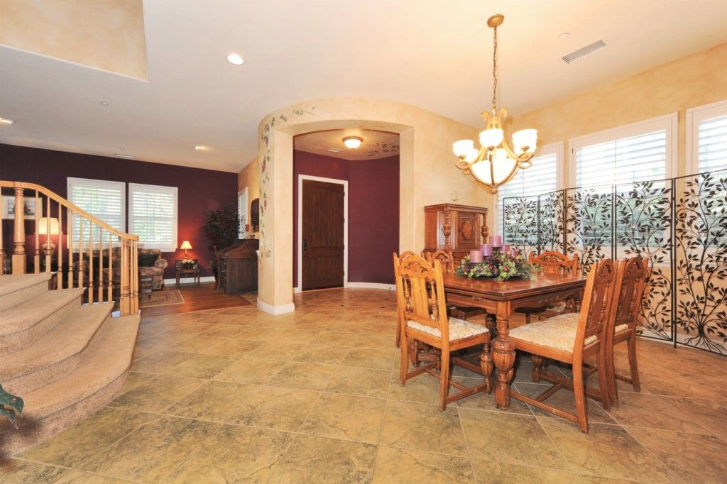 4966 Shady Trail St, Simi Valley, CA 93063 -  $1,097,000 home for sale, house images, photos and pics gallery