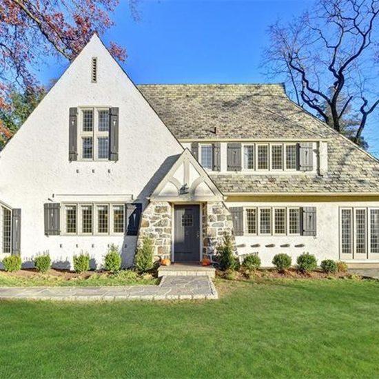 55 Lyncroft Rd, New Rochelle, NY 10804 -  $1,150,000