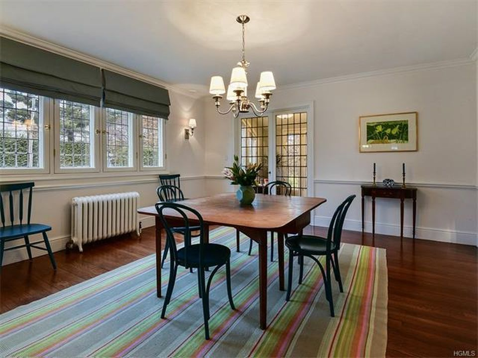 55 Lyncroft Rd, New Rochelle, NY 10804 -  $1,150,000 home for sale, house images, photos and pics gallery