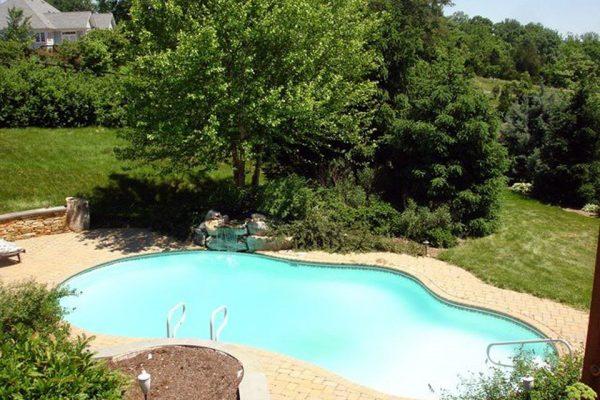 550 Foxdale Ln, Charlottesville, VA 22903 -  $1,150,000