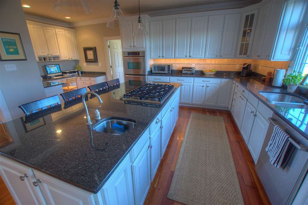 550 Foxdale Ln, Charlottesville, VA 22903 -  $1,150,000 home for sale, house images, photos and pics gallery
