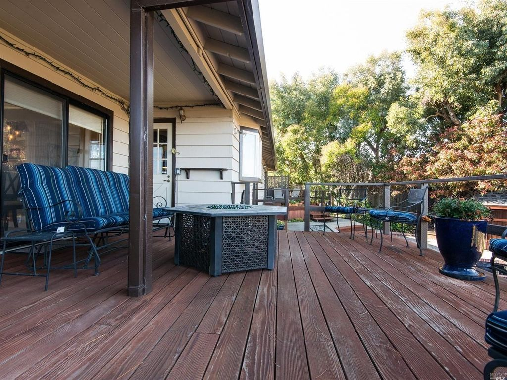 6 Cay Psge, Corte Madera, CA 94925 -  $1,025,000 home for sale, house images, photos and pics gallery