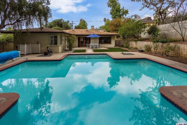 602 N Michillinda Ave, Sierra Madre, CA 91024 -  $1,180,000