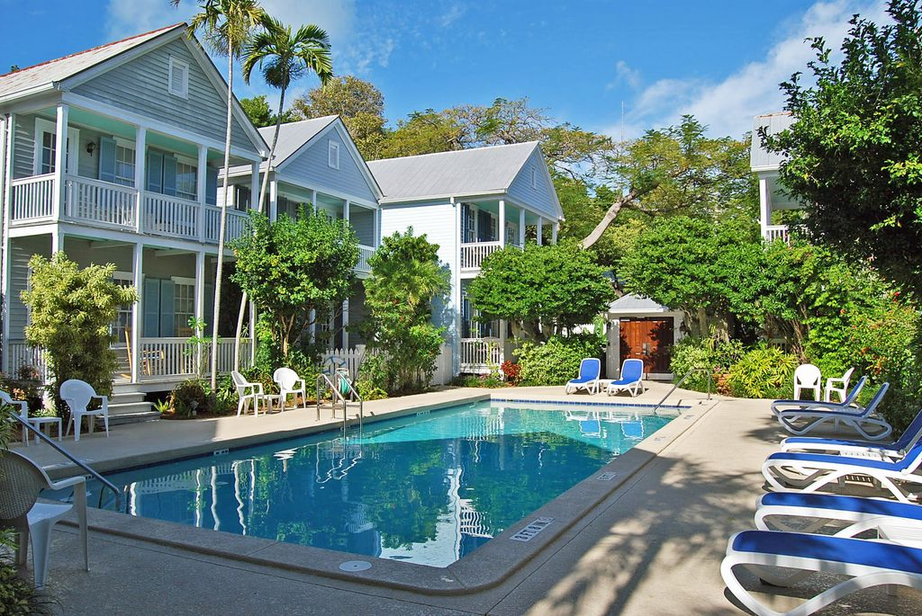 606 Truman Ave APT 9, Key West, FL 33040 -  $1,100,000 home for sale, house images, photos and pics gallery