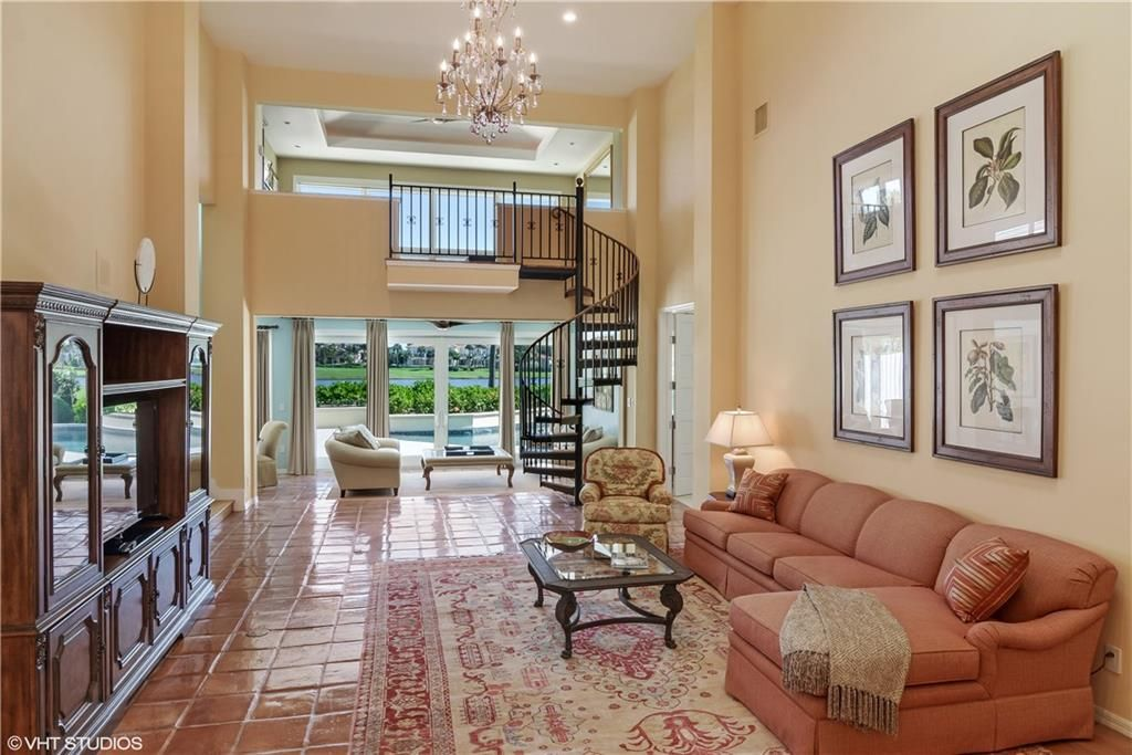 6931 SE Harbor Cir, Stuart, FL 34996 -  $1,050,000 home for sale, house images, photos and pics gallery